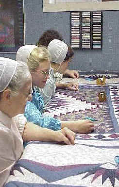 Quilts and Quilt Shows in Illinois Amish Country | ACM Tours : quilts amish - Adamdwight.com